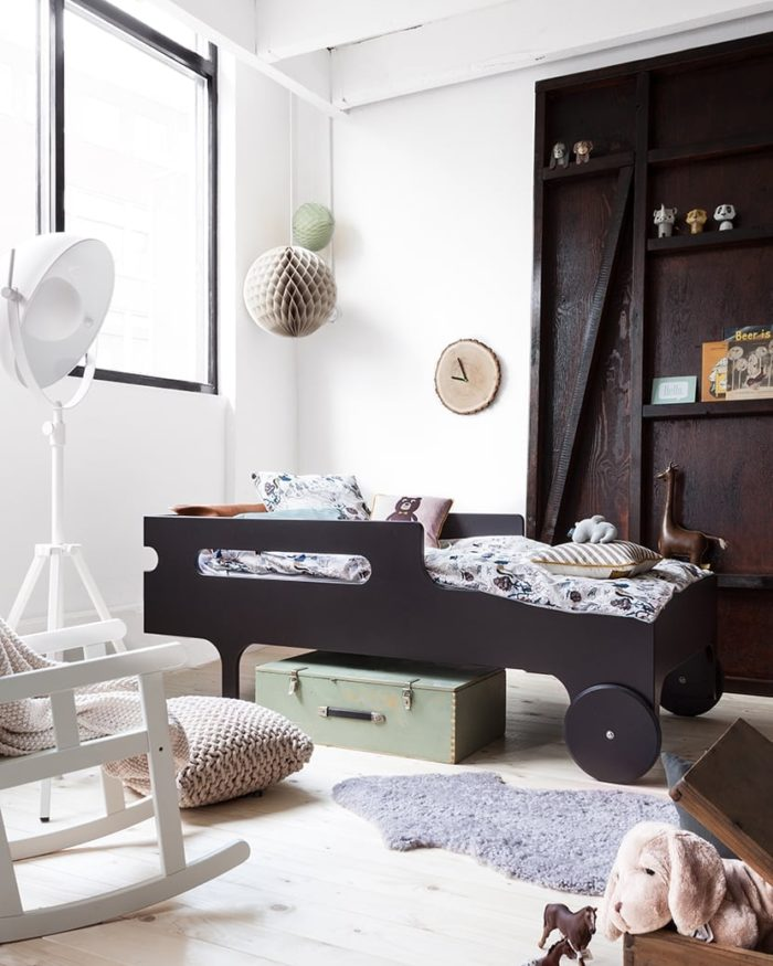 Boys room with Rafa-kids toddler bed