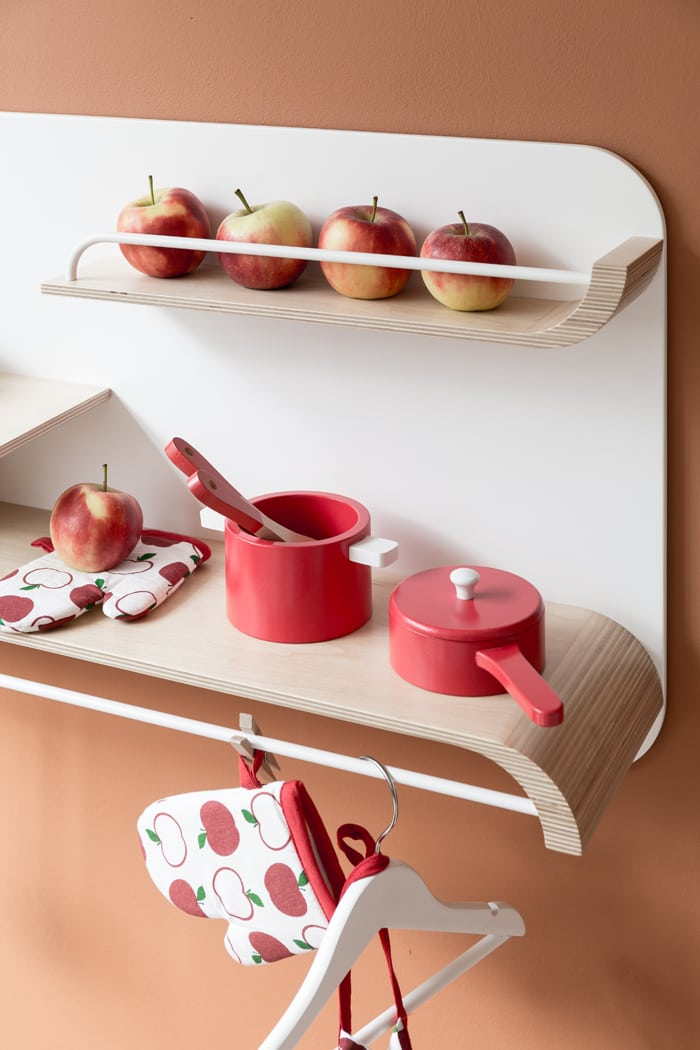 RAFA-KIDS shelf with kitchen accessories to play for children