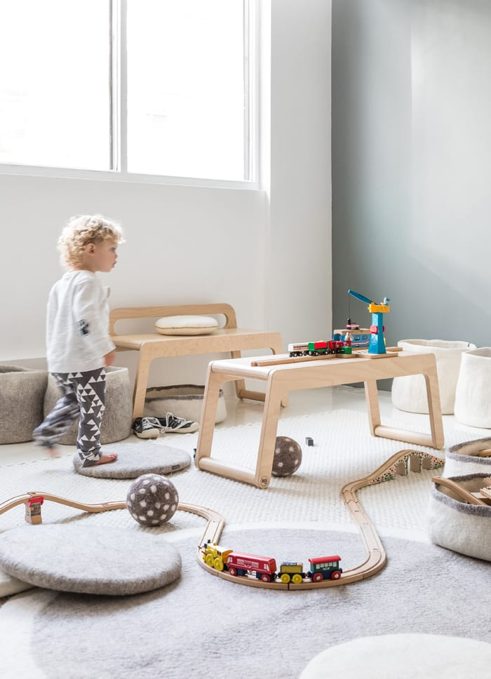 Toddler's Table created from Rafa-kids bench