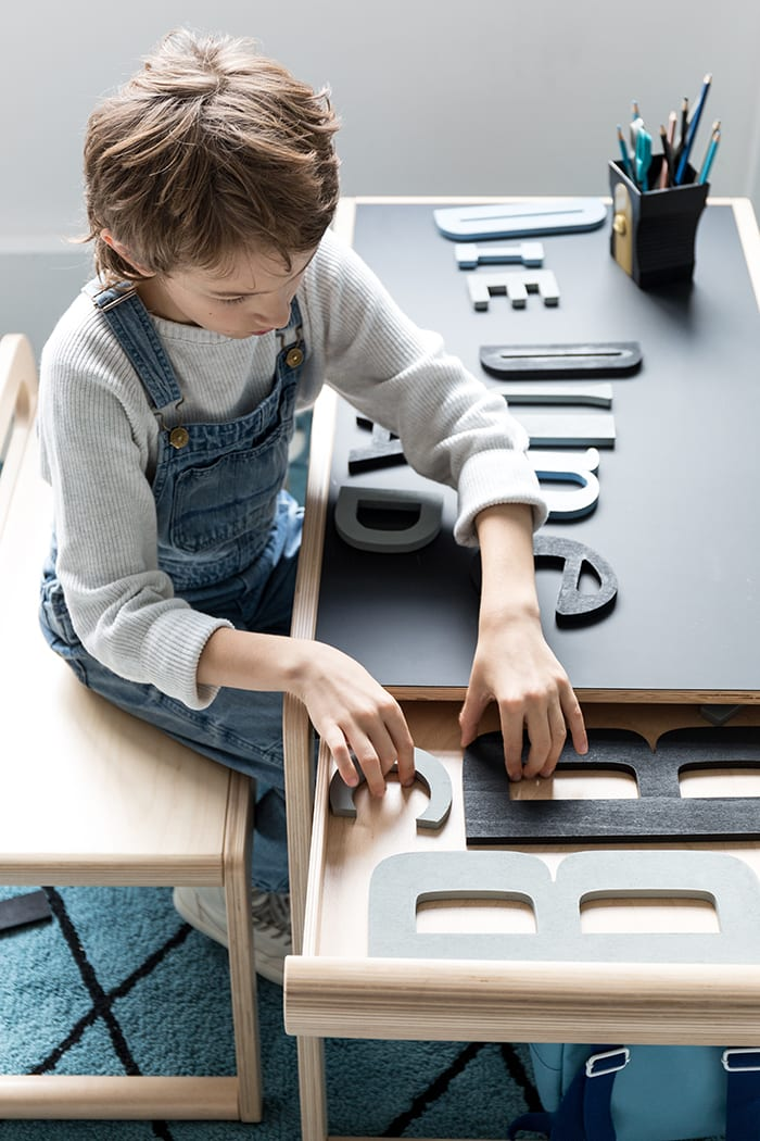 Playful toddler table with drawers