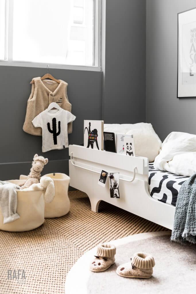 A bed rail from Rafa-kids